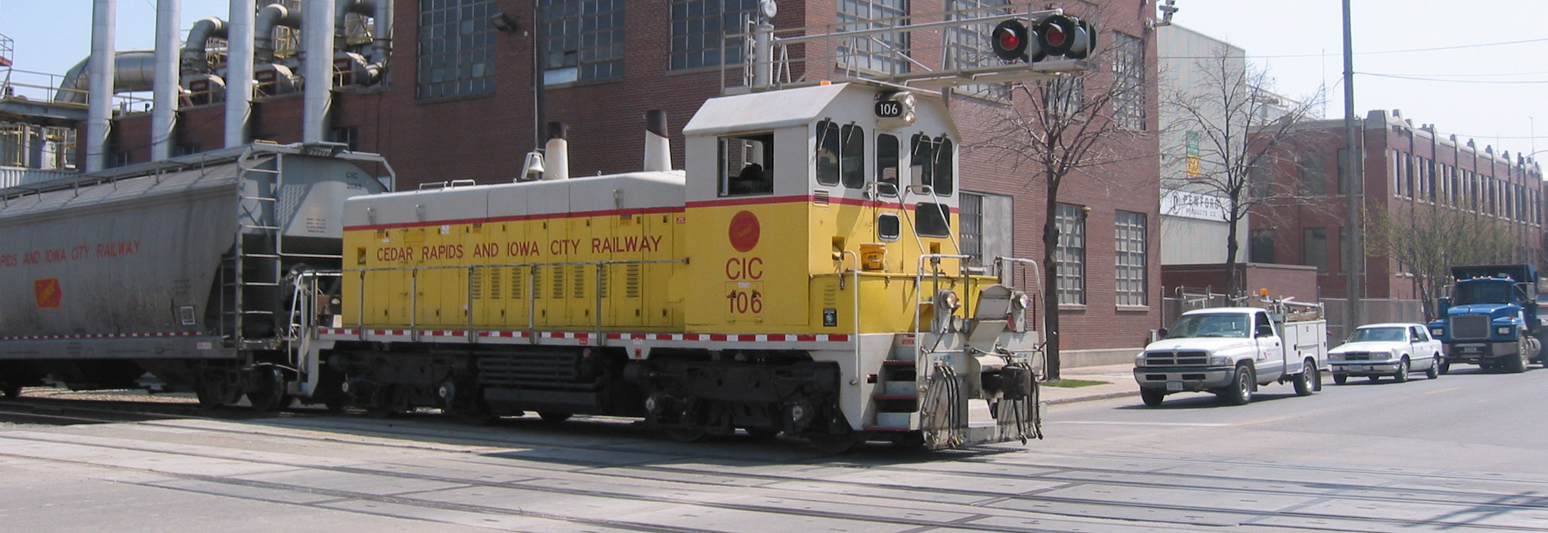 Modern photo of CRANDIC train